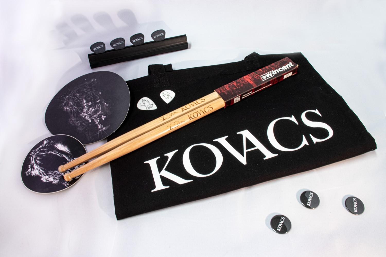 Kovacs – Diversen